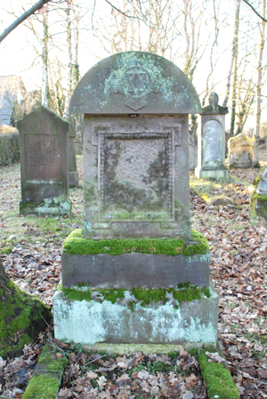 060108_niedenstein_judfriedhof-066_300pix.jpg