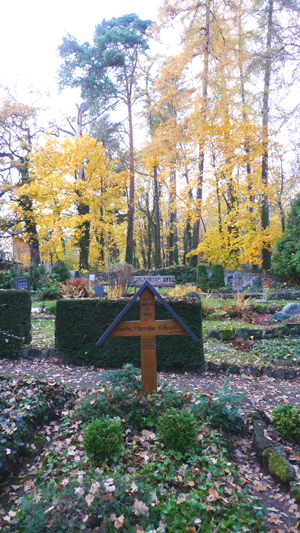 friedhof-am-park-kassel_81108_lx3-003_300.jpg