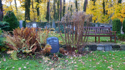 friedhof-am-park-kassel_81108_lx3-024_400.jpg